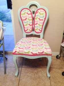 hot dog chair finished